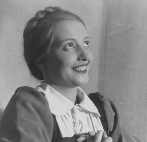 Städtische Bühnen Oberhausen 1949/50 und 1950/51. Intendant: Paul Smolny. Johann Wolfgang von Goethe, Egmont - Klärchen.