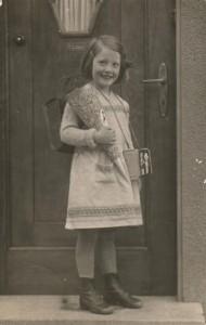 Schulanfang 1933